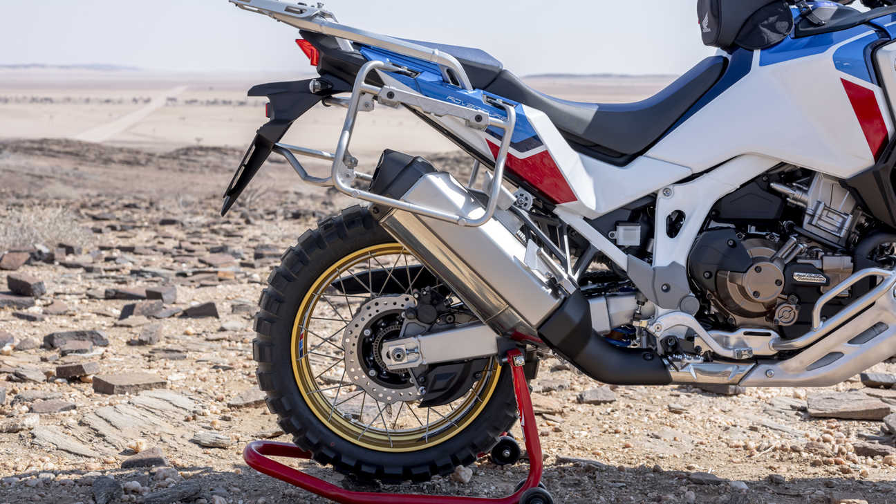 Honda Africa Twin Adventure Sports, ingradimento ruota posteriore.